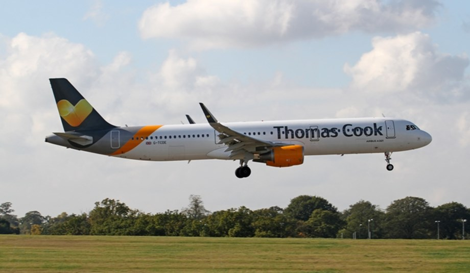 UPDATE 1-UK holiday firm Thomas Cook agrees key terms of rescue deal