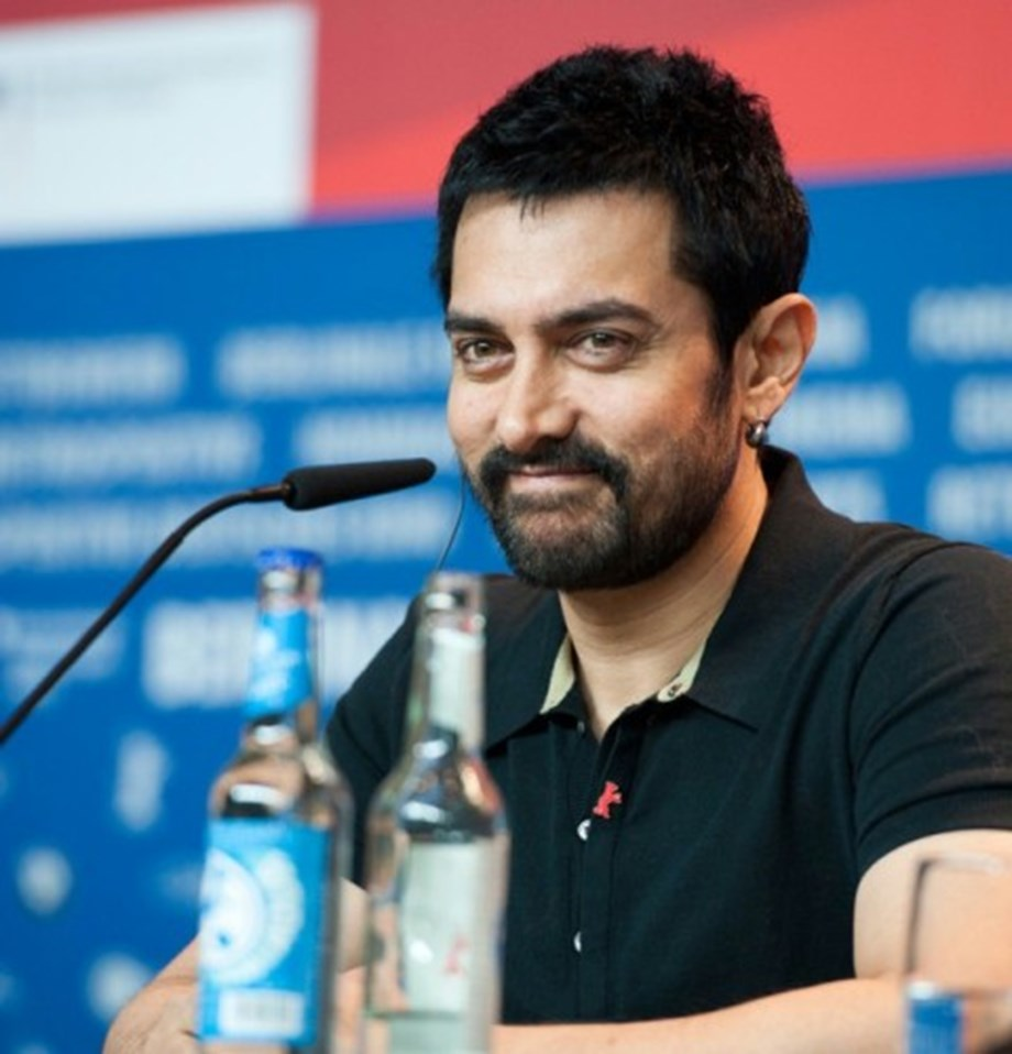 Aamir busy working with NGO 'Paani Foundation'; calls Bal Thackeray biggest star