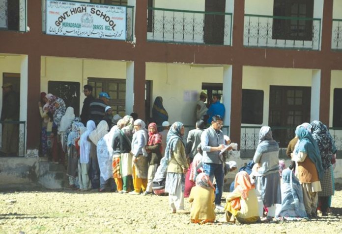 J-K Panchayat polls: Polling ends peacefully for 7th phase