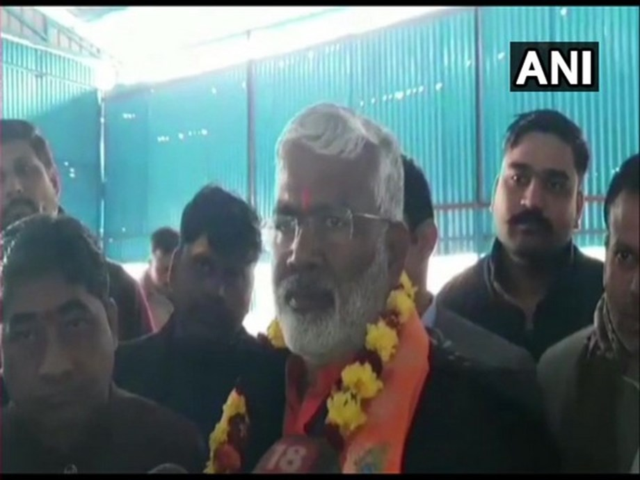 """Akhilesh ji should go to Pakistan"", says BJP leader Swantantra Dev Singh"