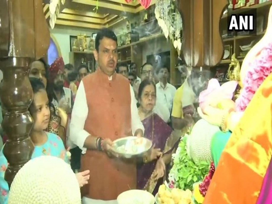 Ganesh Chaturthi: Maharashtra CM offers prayers at his residence with family