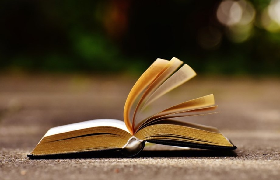 """Reading offers """"new dimensions"""" and life finds a """"meaning"""": Prakash Javadekar"""