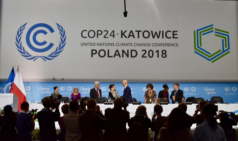 Katowice: Protestors say clock is ticking for climate deal