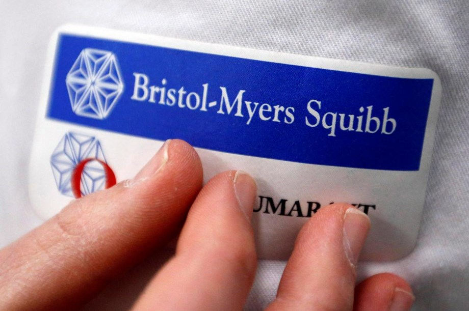 UPDATE 7-Bristol-Myers to buy Celgene for $74 bln in largest biopharma deal