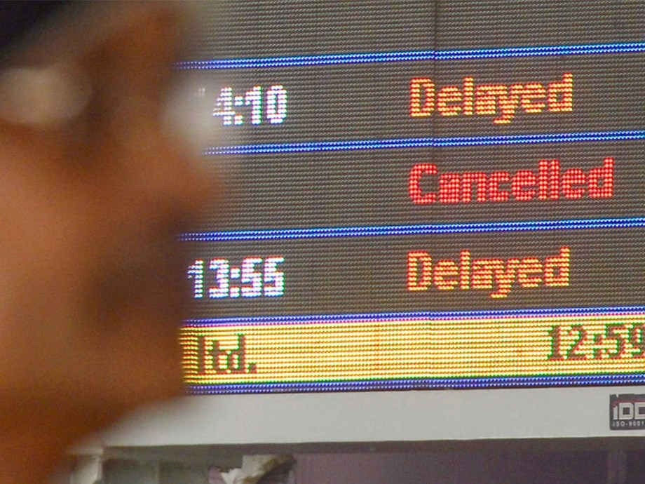 Delhi cold coupled with heavy fog hits trains, flights