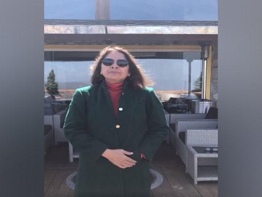 Neena Gupta receives COVID-19 vaccine - Devdiscourse