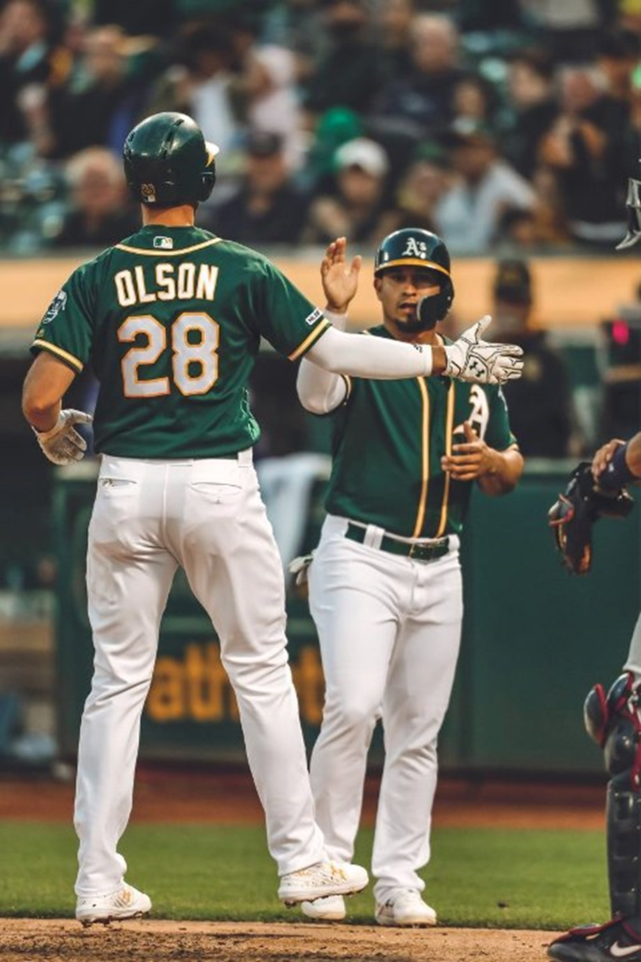 A's get last blast in homer fest with Astros