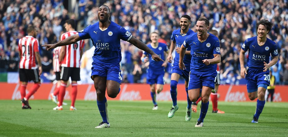 WRAPUP 1-Liverpool extend lead to 10 points as Leicester held at home