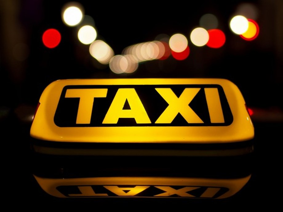 Siberian taxi firm bringing fare-haggling to Moscow plans expansion