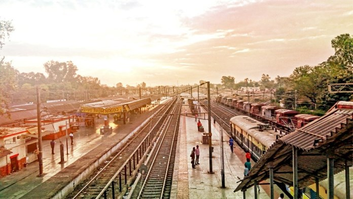 Railways plans to boost occupancy by offering discounts, revoking flexi-share scheme