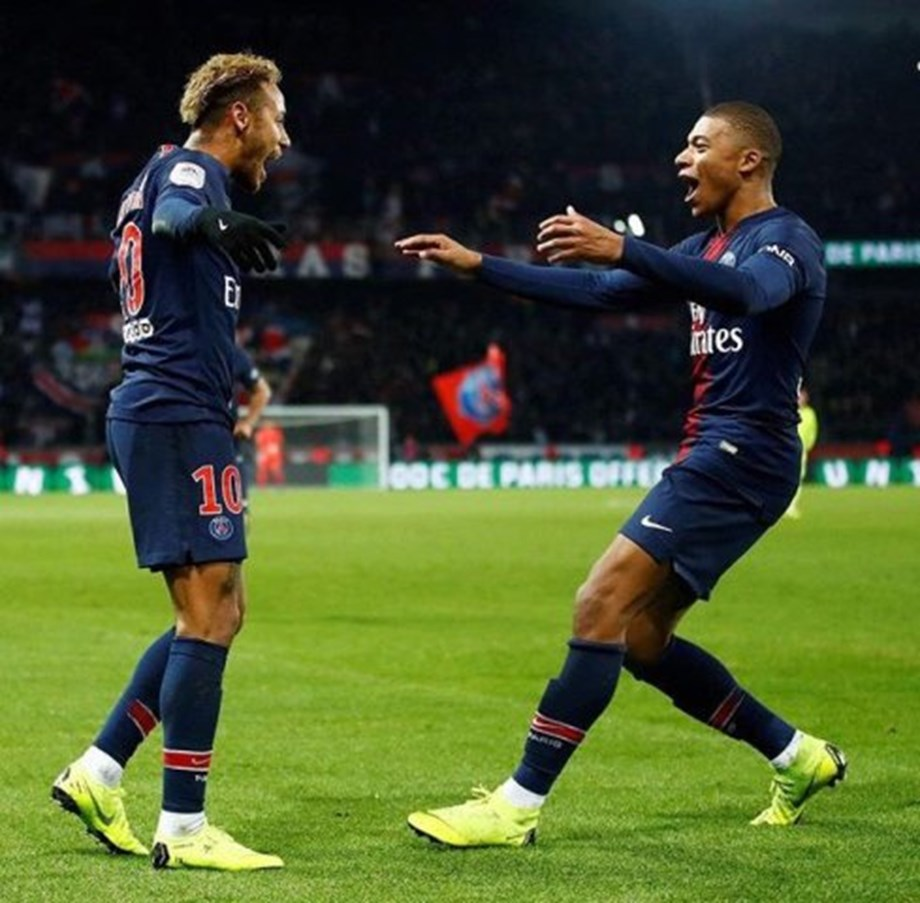 Paris Saint-Germain top Lille 2-1 to stay perfect in Ligue 1