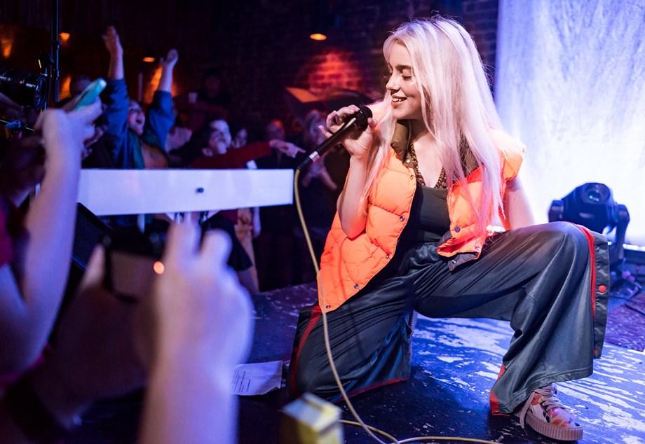 Billie Eilish dominates 2019 on Apple Music