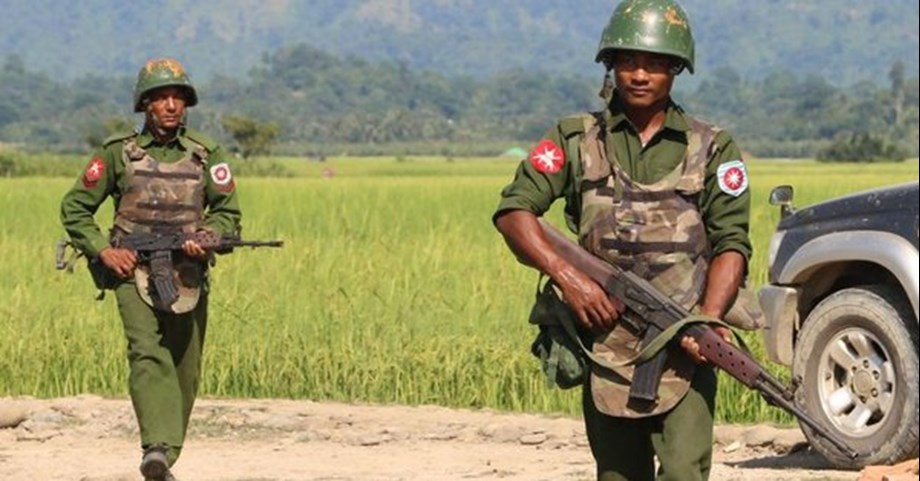 Rakhine Buddhist army kills seven in Independence Day attack on police posts
