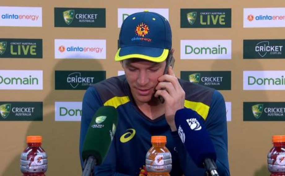 Paine shares light moment with media after long day on field