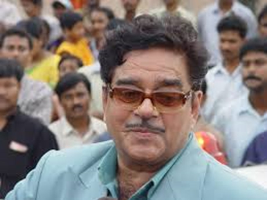 Think deeply about next move before acting: Shatrughan Sinha on Pulwama attack