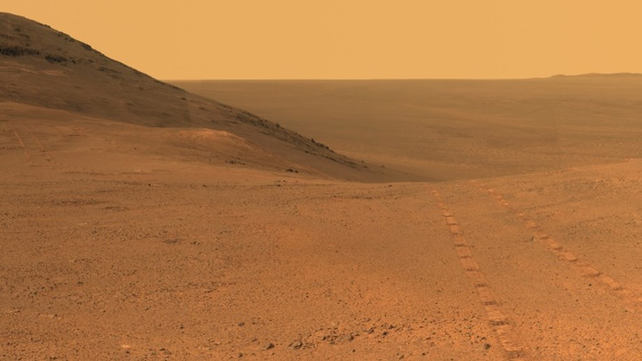 Simulator in Gobi desert to expose teens on future possibilities to Mars