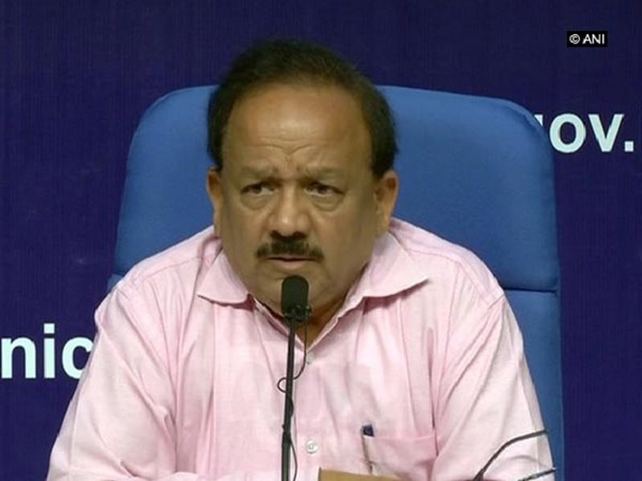 Harsh Vardhan holds talk with Delhi officials to prevent monsoon diseases