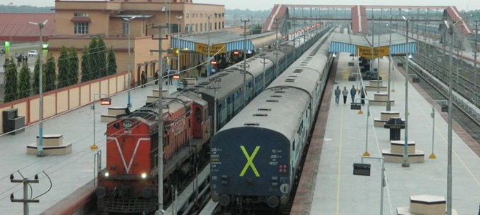 Over 55,000 reported thefts in trains in last 3.5 years as per data by Indian Railways