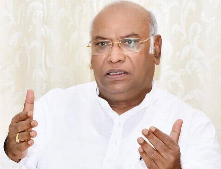 Kharge alleges BJP trying to destabilize 'stable and strong' Karnataka govt