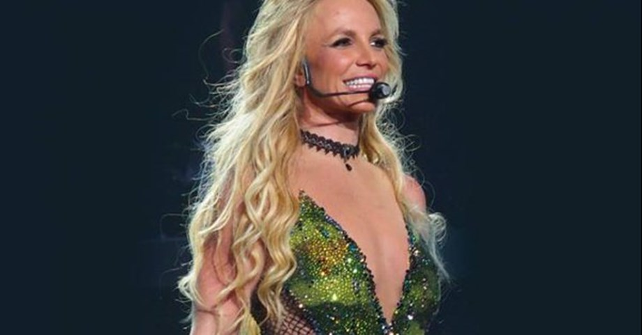 Entertainment News Roundup: Britney Spears suspends shows after dad 'almost died'; Hollywood's equality push fails to boost female film directors