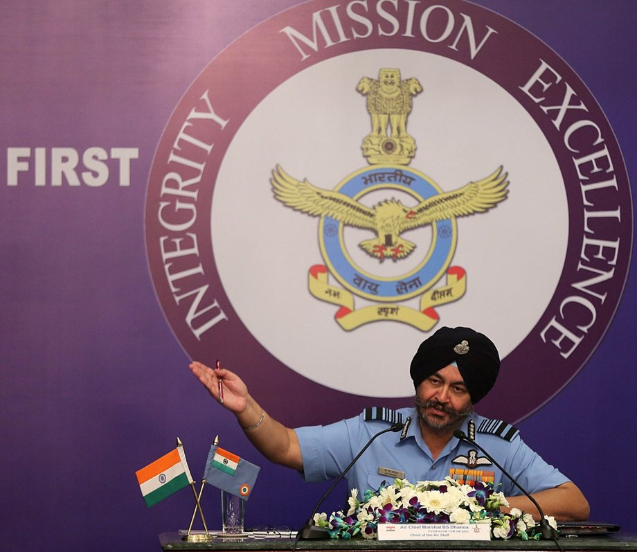 Marshal Dhanoa defends Centre over Rafale deal; welcomes SC ruling