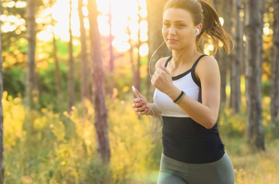 Women as resilient as men in undertaking arduous physical activity: Study