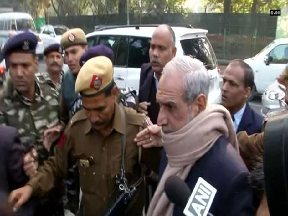 Anti-Sikh riots case: SC seeks report in 4 weeks on health of Sajjan Kumar after examination by panel of doctors
