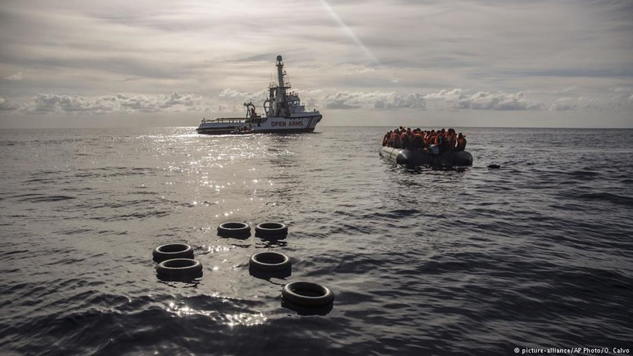 Italy's far right govt rejects migrants boats on its shore from Malta's waters