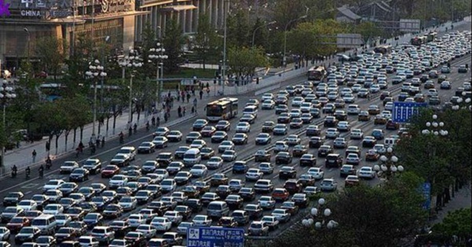 China's population expected to fall back to 1.36 bln by middle of century