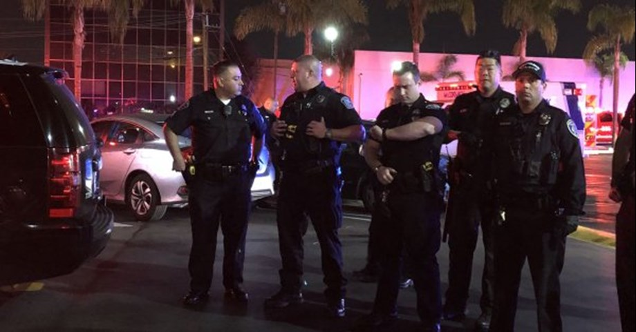 Los Angeles shooting: Police advises citizens to stay away from area