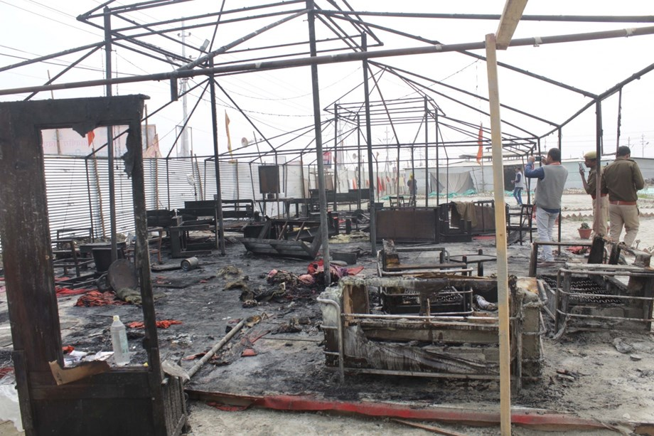 Naath sect tent gutted down in fire at Kumbh