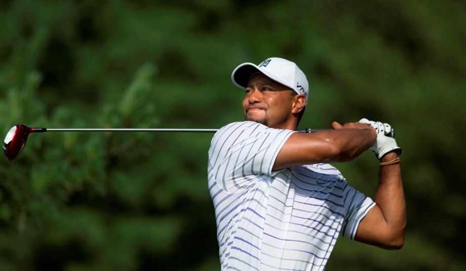 UPDATE 1-Golf-Natural selection: Woods picks himself for Presidents Cup
