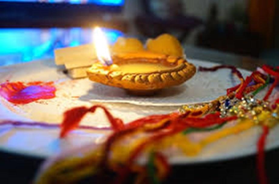 FlowerAura Offers Last-Minute Rakhi Delivery This Raksha Bandhan