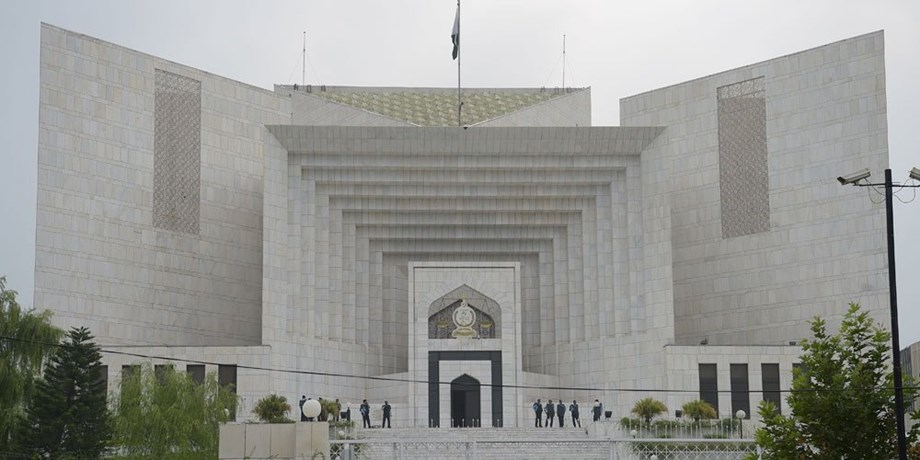 Pakistan apex court warns to shut down mineral water companies