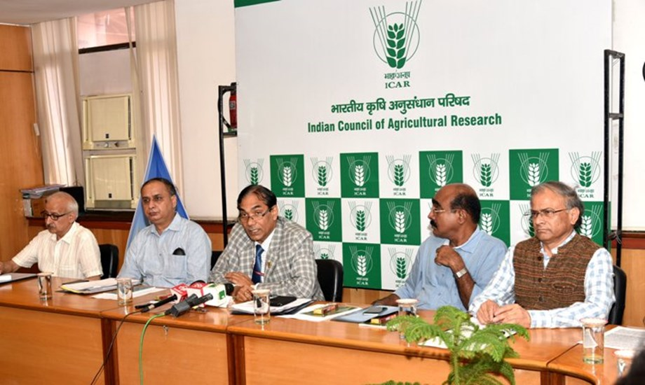 Reduction in fertilizer use could be ensured by irrigation scheduling: DG ICAR