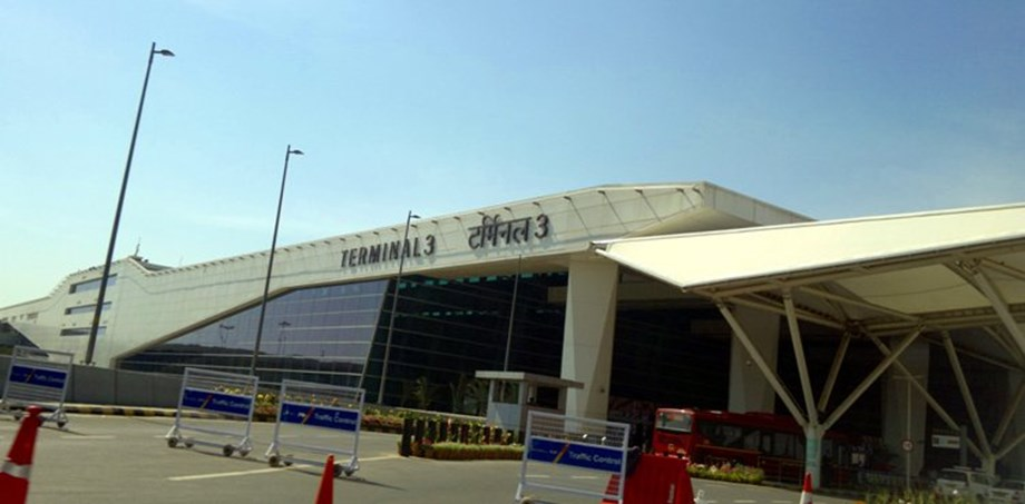 DRI held man with steroids, forex worth Rs 3 cr at IGI airport