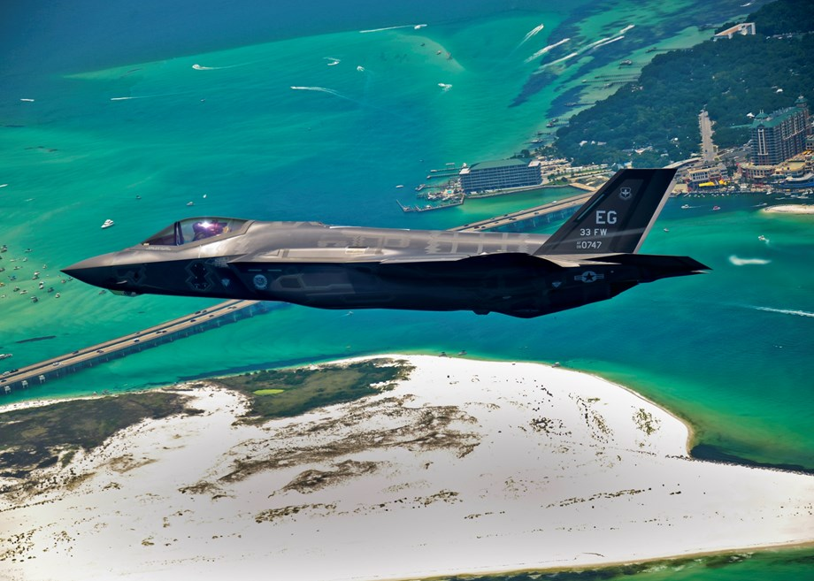 Wreckage discovered in area where Japan's F-35 jet disappeared