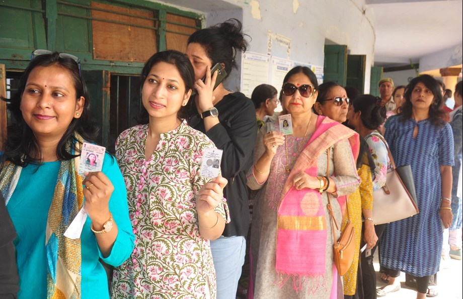 Telangana voters in queue to choose representatives in local polls