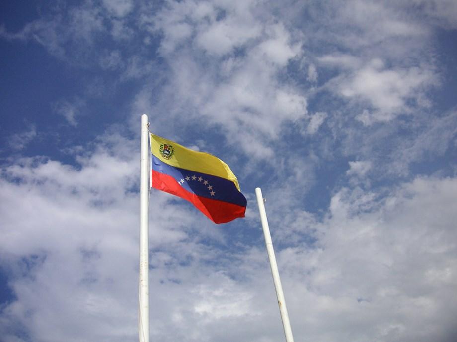 Venezuela's new digital fuel payment system starts