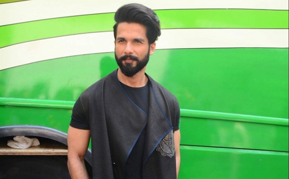 Shahid Kapoor to team up with Shree Narayan Singh for a hard hitting film