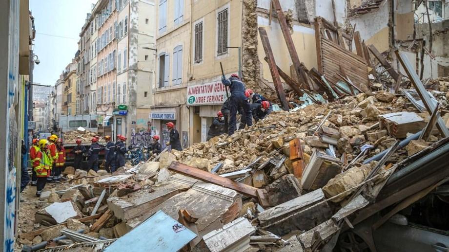 Three killed, 16 injured in building fire in northeastern Spain