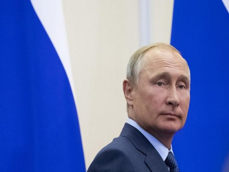 Russia's Putin oversees hypersonic missile test in Crimea - TASS