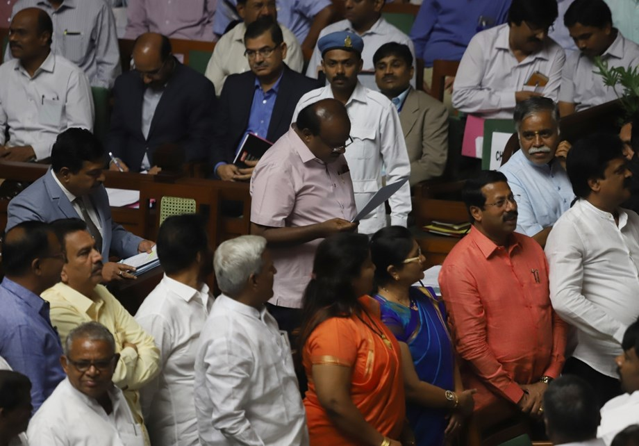 4 Congress MLA returns to assembly session weeks after putting Karnataka in crisis