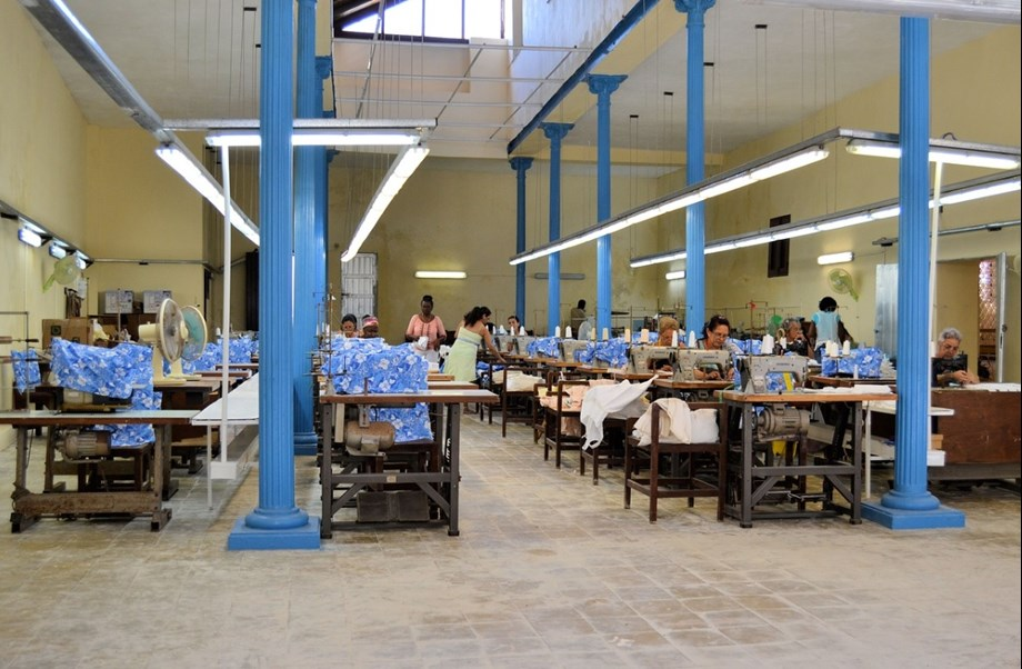 Chinese garment firm forays into Rwanda, to provide 7,500 jobs to local people