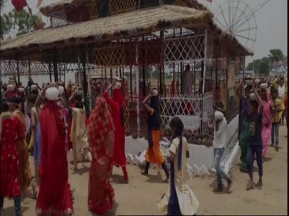 Locals pray for rain in Bihar's Gaya