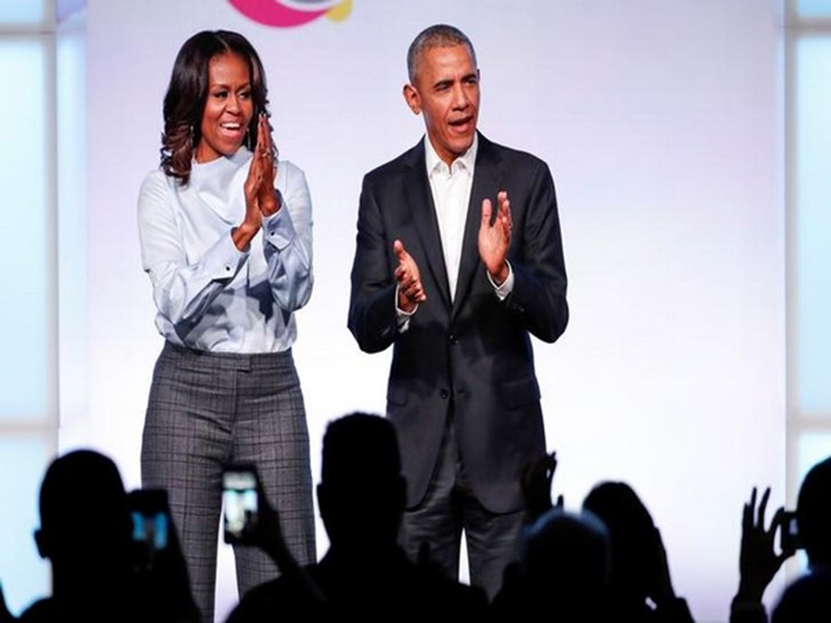 Barack, Michelle Obama sign podcast deal with Spotify