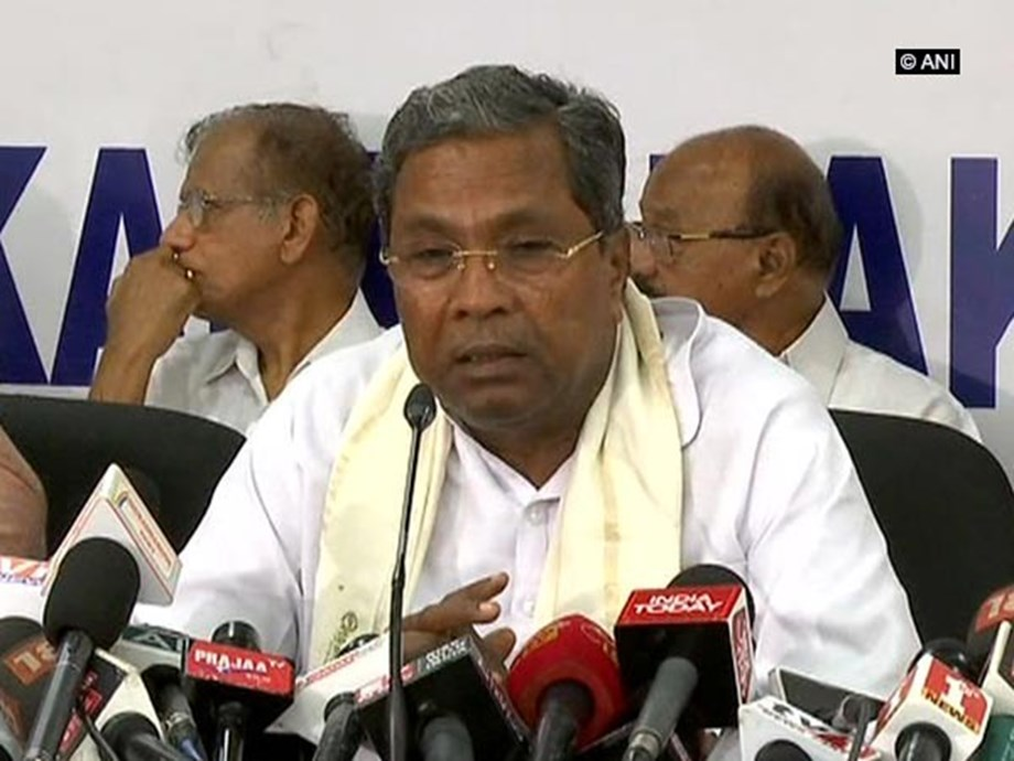 Karnataka crisis: Congress gets in 'Save Government' mode