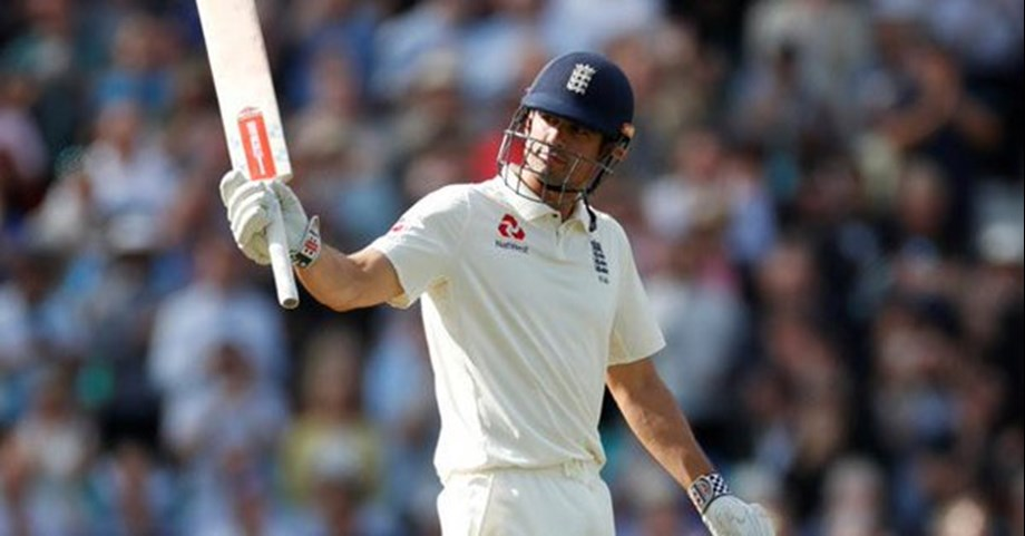 Cook stands tall in final Test as England take healthy lead against India