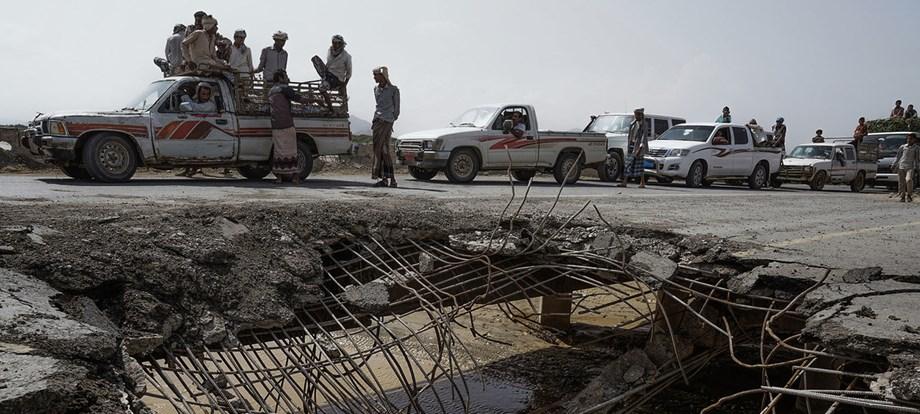 Yemen crisis: US to stop refueling bombing planes of Saudi-led coalition