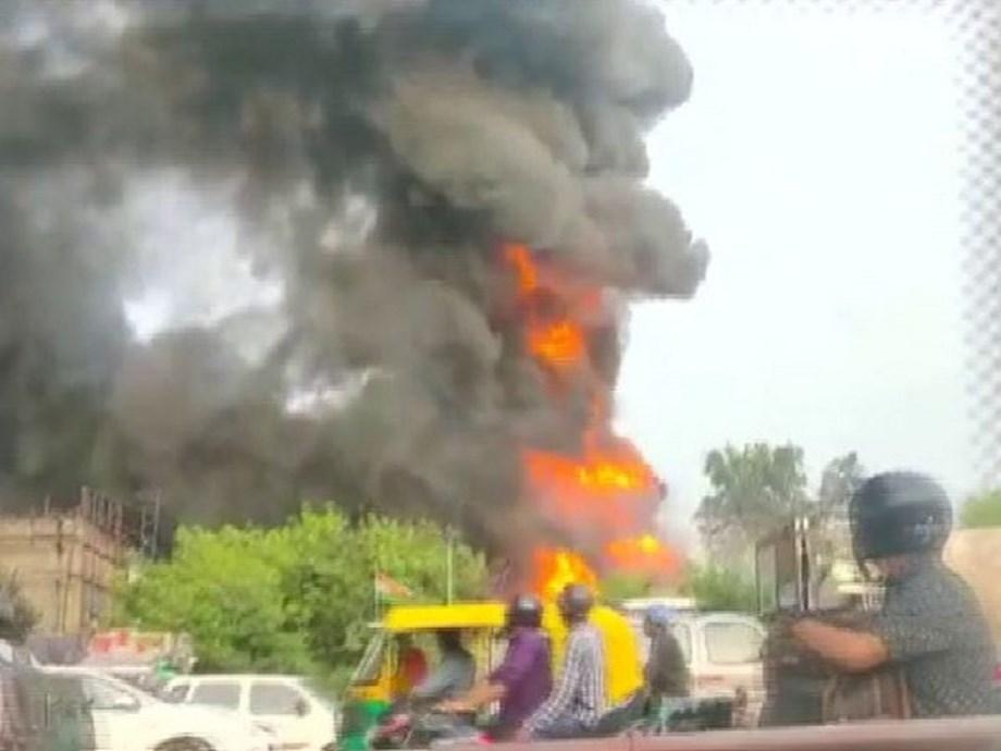 One dies in fire in Delhi's Punjabi Bagh